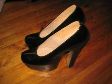 VIVIENNE WESTWOOD ICONIC 1990S BLACK LEATHER HEEL SHOES