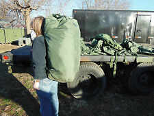 MILITARY SURPLUS DUFFLE BAG ARMY ISSUE  WITH BACKPACK STRAPS CAMPING  VERY GOOD