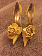Gianmarco Lorenzi Yellow Leather Shoes With Rose Detail Size 38 $550 GORGEOUS!