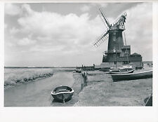ROYAUME-UNI c. 1950 - Moulin à Vent  Barques à Cley Next the Sea   - Div 7673