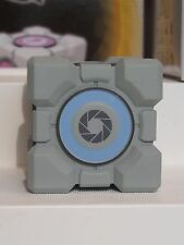Weighted Storage Cube Portal 2 Sentry Turret Series 3 Action Figure NECA NIB