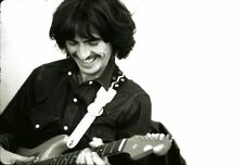 GEORGE HARRISON UNSIGNED PHOTO - 5508 - THE BEATLES