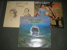 LOT 3 MIKI & GRIFF LP'S A LITTLE BITTY TEAR & ETCHINGS & COUNTRY (SIGNED)