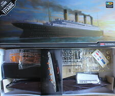 Academy RMS TITANIC Toy White Star Liner Plastic Model Ship Kit 1/400 ,Boy Hobby