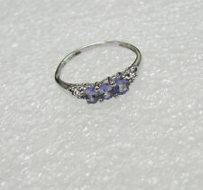 10K WHITE GOLD LIGHT PURPLE STONE RING SIZE 6.5 N650-B