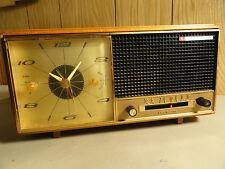 VINTAGE BULOVA POWER TRANSISTOR CLOCK RADIO MODEL 450 SERIES PARTS OR REPAIR