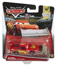 Disney Pixar Cars - Diecast Lightning McQueen with Shovel #2/19 *BRAND NEW*