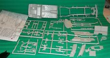 MOEBIUS 1955 CHRYSLER 300-C DONOR PARTS CHASSIS Model Car Mountain 1/25