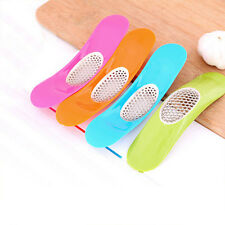 Stainless Steel Plastic New Garlic Press Ingot Shape Arc Garlic Crusher Chopper