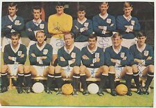 DUNDEE 1967-1968 RARE ORIGINAL FULLY HAND SIGNED TEAM GROUP X 12 SIGNATURES