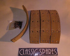 LANCHESTER LD10 1945 - 1951 FRONT BRAKE LININGS - SET OF 4 WITH RIVETS (JN200)