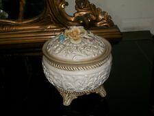 Vecchia bomboniera a fiori ceramica originale Capodimonte Napoli marchio numero