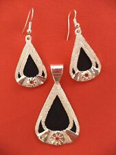 Tear Drop with flower Silver Plated Earrings with red stone & Matching Pendant