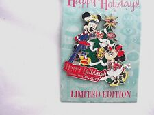 "Disney Cruise Line   'HAPPY HOLIDAY'S 2014""  LE Pin"