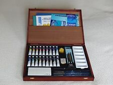 Winsor and Newton Cotman 18 Tube Watercolour Wooden Boxed Set
