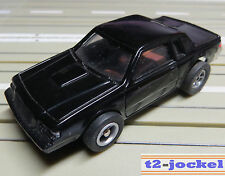 für Slotcar Racing Modellbahn -- Buick Grand National  mit  XTraction Chassis !