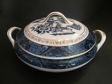 NIKKO PORCELAIN   WILLOW PATTERN  TUREEN WITH LID   1960's