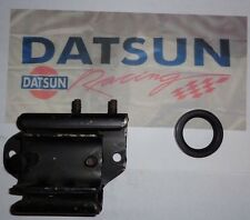 Datsun 240Z Automatic Transmission  (3N71B) Insulator Mount & Output Shaft Seal