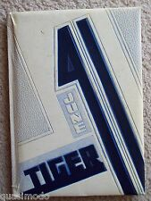 1941 LEWIS AND CLARK HIGH SCHOOL, YEAR BOOK, SPOKANE, WASHINGTON   THE TIGER
