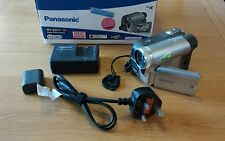 Panasonic nv-gs17eb MINI DV Videocamera Digitale Con Batteria E Caricatore & Nastro