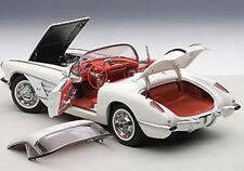 Autoart CHEVROLET CORVETTE 1958  SNOWCREST WHITE in 1/18 Scale New! In Stock!
