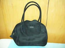 """BEAUTIFUL PRE-OWNED BLACK GUESS HANDBAG/PURSE WITH 7"""" STRAP DROP"""