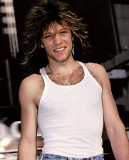 Jon Bon Jovi UNSIGNED photo - D1907 - SEXY!!!!!