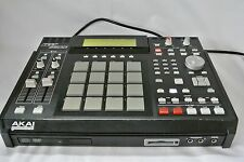 Akai MPC2500 Music Production Center with CD-RW/DVD Drive Good Condition