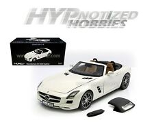 NOREV 1:18 2011 MERCEDES-BENZ SLS AMG ROADSTER DIE-CAST WHITE 183491