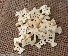 10/25/50 NATURAL WOODEN DOG SHAPED BUTTON # CRAFTS/SCRAPBOOKING