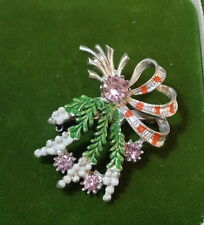 Vintage British EXQUISITE Scottish Lavender Heather Glass Rhinestone Brooch Pin