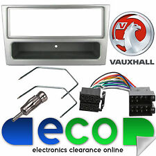 Vauxhall Corsa C 2000 Pre Facelift Car Stereo Silver Fascia Panel & Fitting Kit