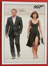 JAMES BOND - Quantum of Solace - Card #063 - Bond Catches The Bus Back to La Paz