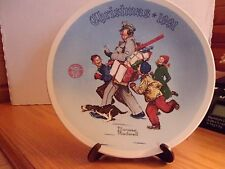 """Christmas 1991 - Norman Rockwell """"Santa'S Helper"""" Knowles Collector Plate"""