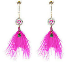 ♡ Betsey Johnson The Eyes Have It Smooch Lucite Fuchsia Feather Drop Earrings