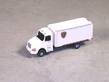 N Scale 2000 White UBS Box Delivery Truck