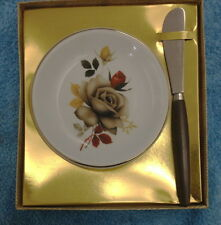 WOOD & SONS ENGLAND SMALL BUTTER DISH & KNIFE IN ORIGINAL TATTY BOX