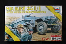 YD029 ESCI 1/72 maquette tank char 8622 SD.KFZ 251/1 with German Paratroopers