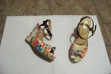 womens 9&co jabrielle floral fabric wedge heels shoes size 6 1/2