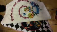 Disney Park Alice in Wonderland and Queen of Hearts Kitchen Dish Towel Set NEW
