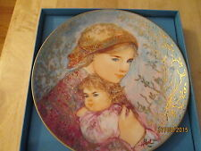 Edna Hibel Collector Plate Mother's Day 1986 Emily and Jennifer