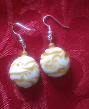 Lampwork drop dangle, silver plated earrings beige/white swirls 20mm, (132)