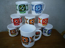 Collection 9 Mugs MOBIL et leur Pichet ARCOPAL Vintage 70's Design J.CH. MEUNIER