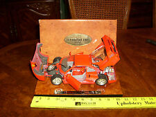 F40 FERRARI BBURAGO BURAGO EXCECUTIVE EDITION 1/18 SCALE IN BOX MADE IN 1983