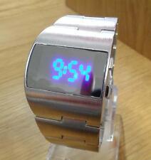 Para Hombre 70s Moderno Diseño Retro Plata Asimétrico Azul LED Digital Reloj De Moda