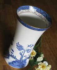 Large Vase Real Old willow Royal Doulton Majestic blue White Oriental Style