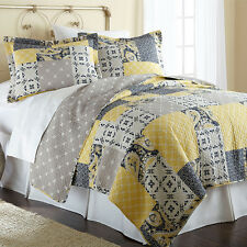 Aalia 100-percent Cotton 3-piece Reversible Quilt Set