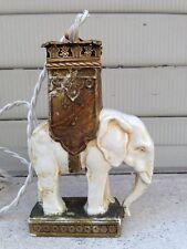 Éléphant en lampe en porcelaine et laiton