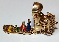 9CT YELLOW GOLD ENAMELLED OLD WOMAN CHILDREN BOOT SHOE  CHARM PENDANT 2.5g