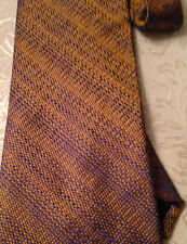 BEAUTIFUL MENS TIE 100% SILK, HAND MADE, YELLOW AND BLUE PATTERN, BRAND NEW